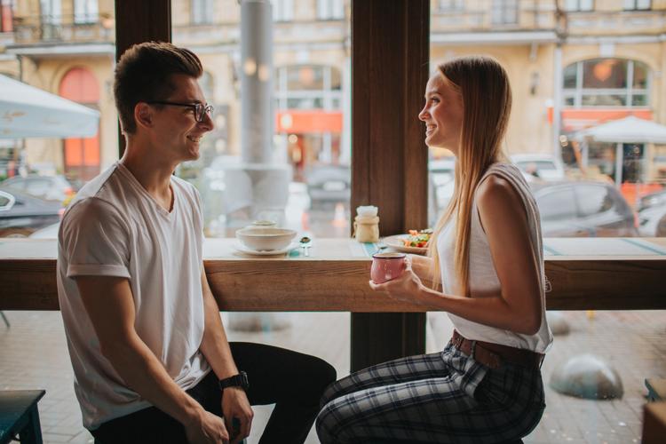 これで二人きりもこわくない!簡単に盛り上がる会話テクニック
