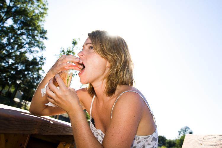 紫外線が強くなる5月。シミ予防に食べて欲しい野菜3つ