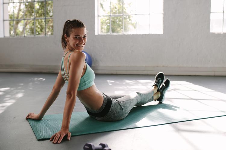 肩こり・腰痛・ポッコリお腹を解消して姿勢を改善する静的ストレッチ