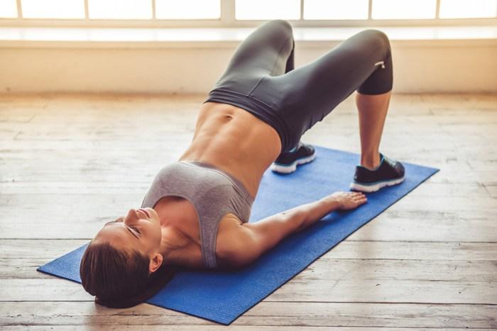 アップ 簡単 ヒップ ヒップアップのための筋トレ方法!垂れ下がったお尻をキュッ!簡単にできるエクササイズ